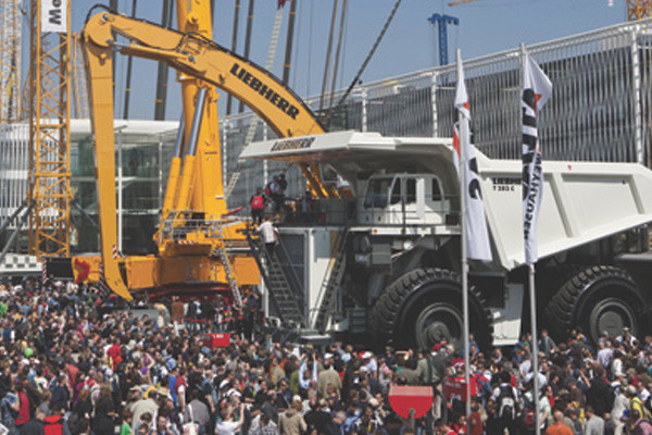 BUSINESS-TRAVEL---Bauma